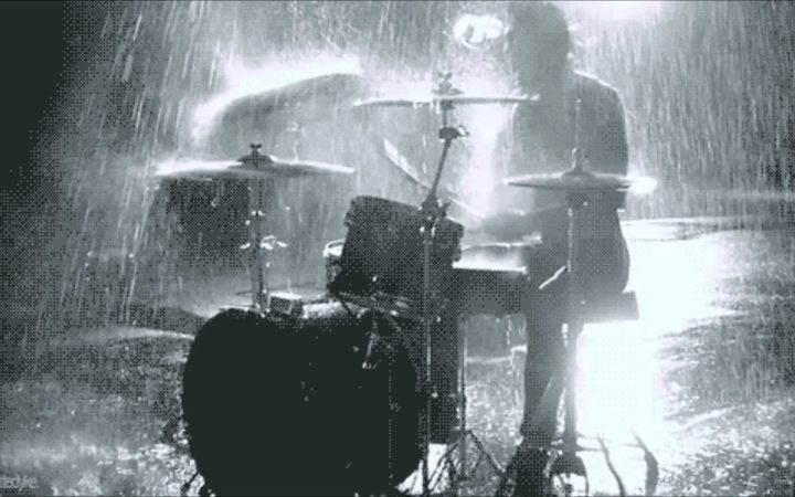 eight_col_drums_rain